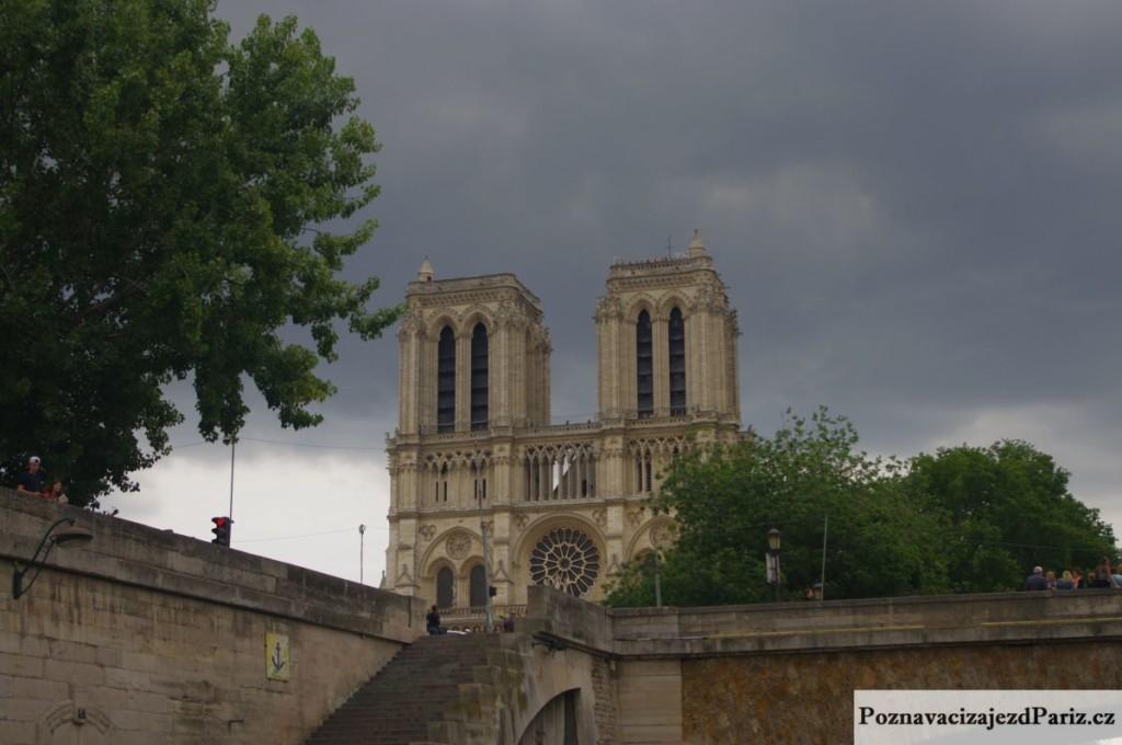 Notre_dame_pariz (3)